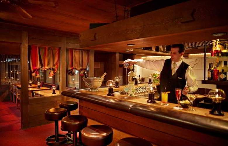 Gstaaderhof Swiss Quality Hotel - Bar - 5