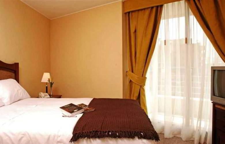 Versalles Suites Apart Hotel - Room - 0