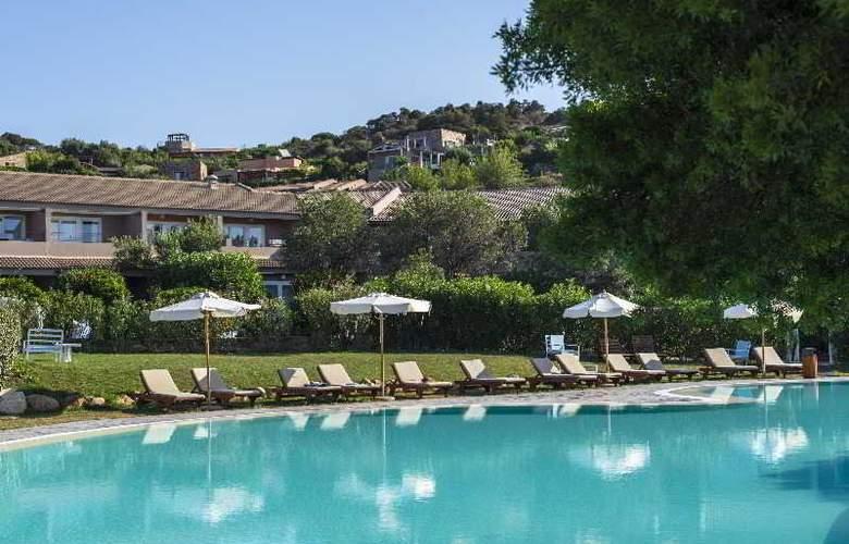 Chia Laguna – Hotel Village - Pool - 7