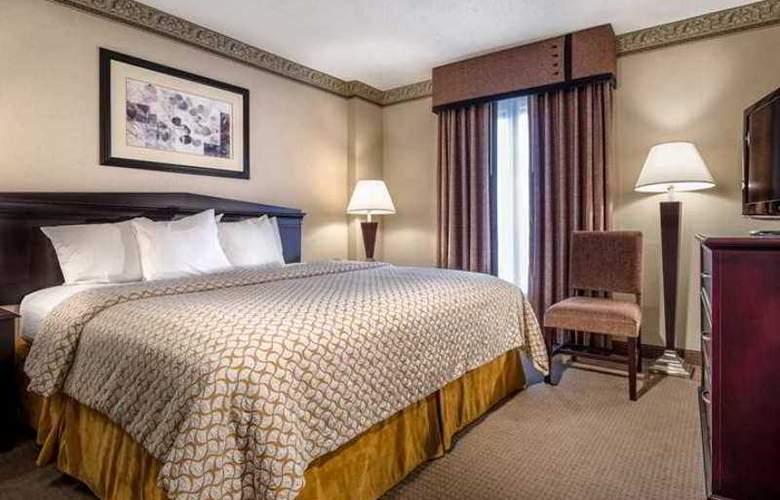 Hampton Inn & Suites Tulare - Hotel - 1
