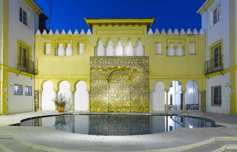 Macia Alfaros - Terrace - 18