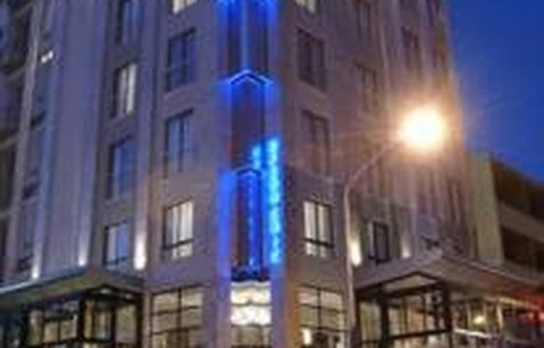 Urban Chic Boutique Hotel - Hotel - 0