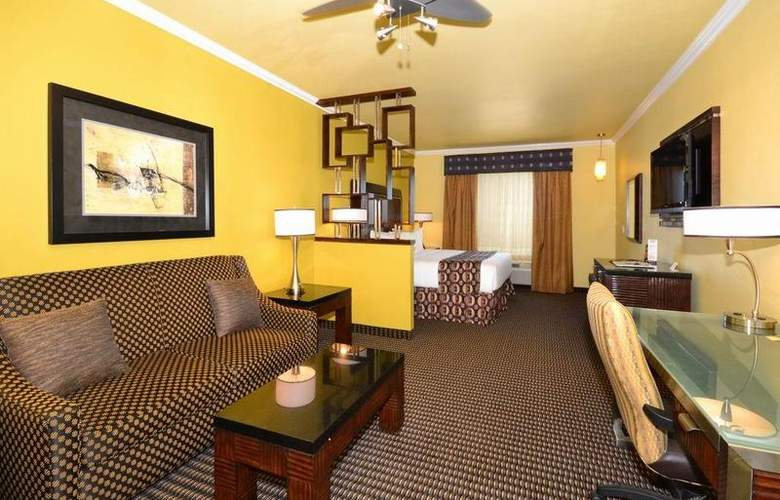 Best Western Plus Christopher Inn & Suites - Room - 177