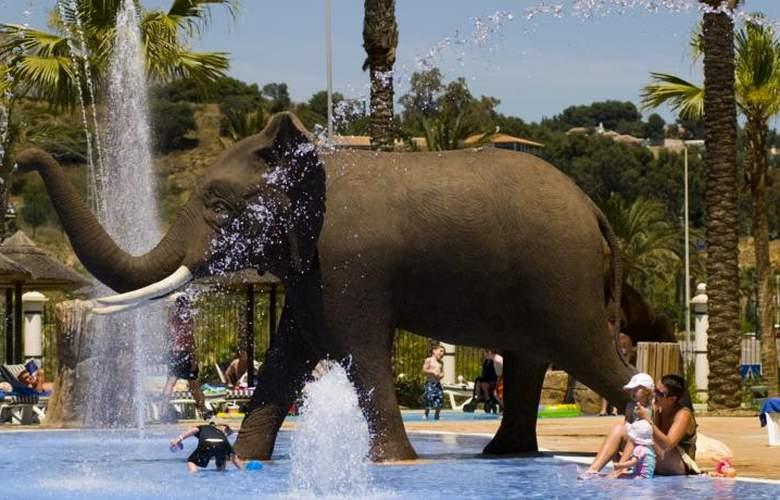 Holiday World Resort - Pool - 25