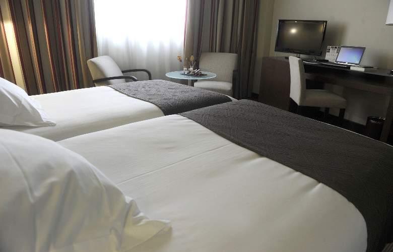 Attica21 - Room - 4