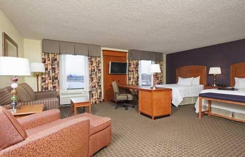 Hampton Inn & Suites Grand Rapids-Airport 28th - Hotel - 6