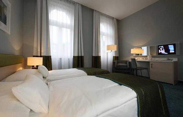 Atrium Fashion Hotel - Room - 4