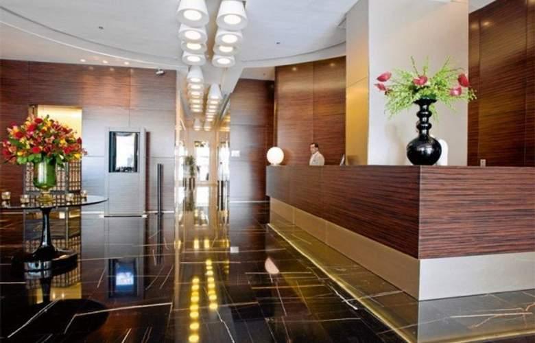 Cosmopolitan Hotel Dubai - General - 2