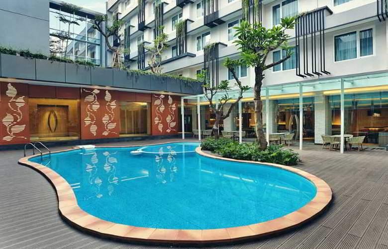 Mercure Jakarta Sabang - Pool - 3