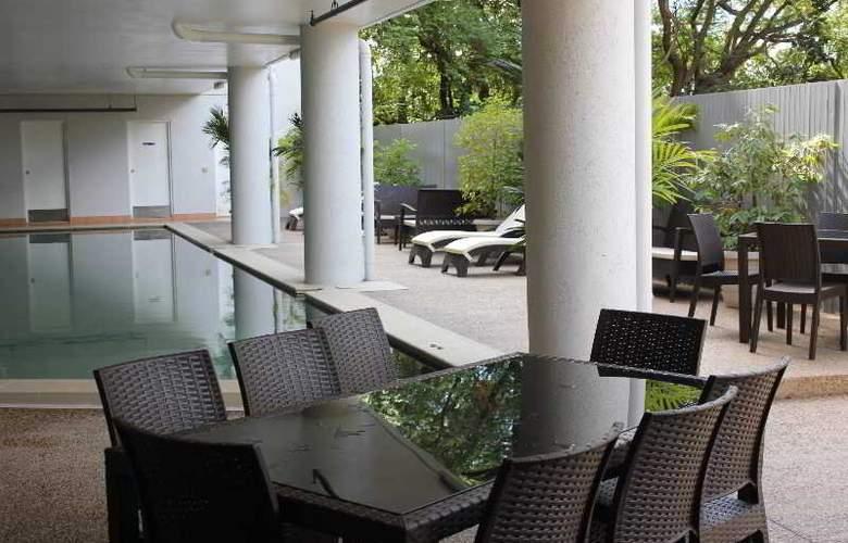 Argus Apartments Darwin - Pool - 14