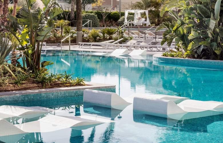Aqua Silhouette & SPA - Pool - 16