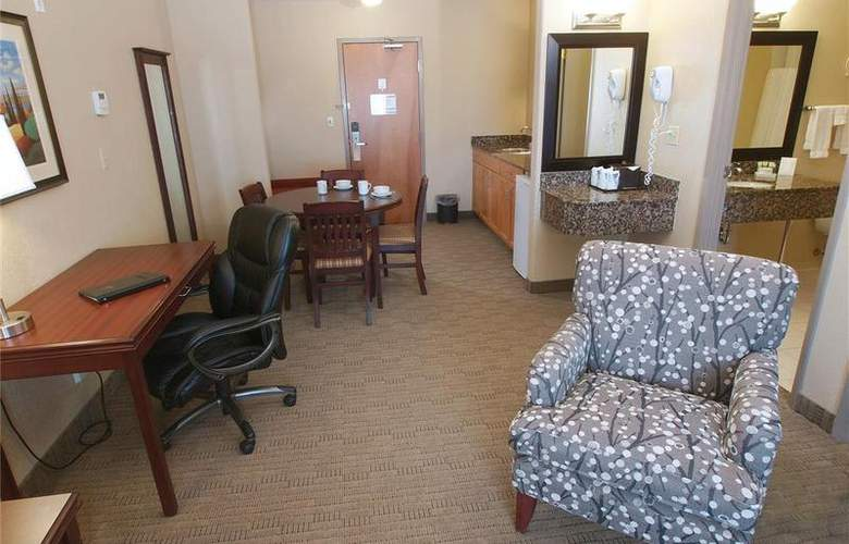 Best Western Pembina Inn & Suites - Room - 118