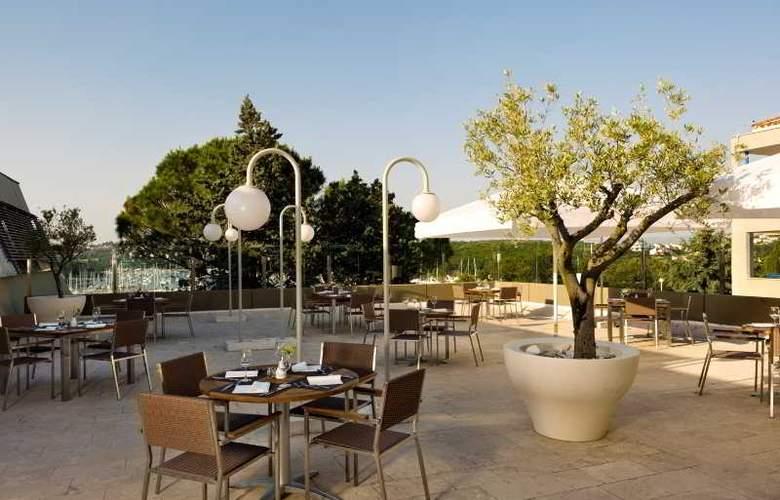 Park Plaza Verudela Pula - Restaurant - 28
