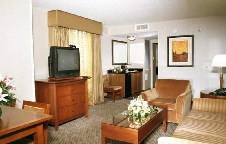 Embassy Suites Dulles North Loudoun - Hotel - 5