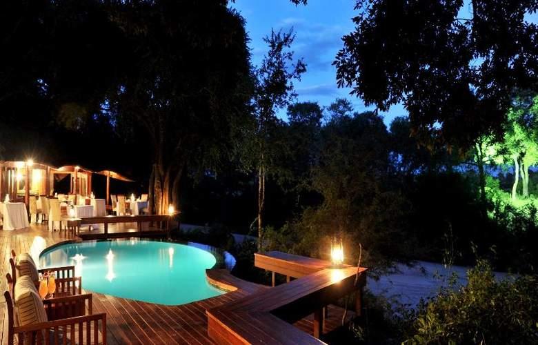 Imbali Safari Lodge - Pool - 16