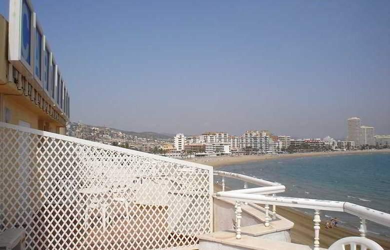 Cabo de Mar - Terrace - 4