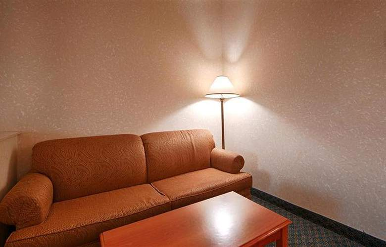 Best Western Plus Executive Inn Scarborough - Room - 0