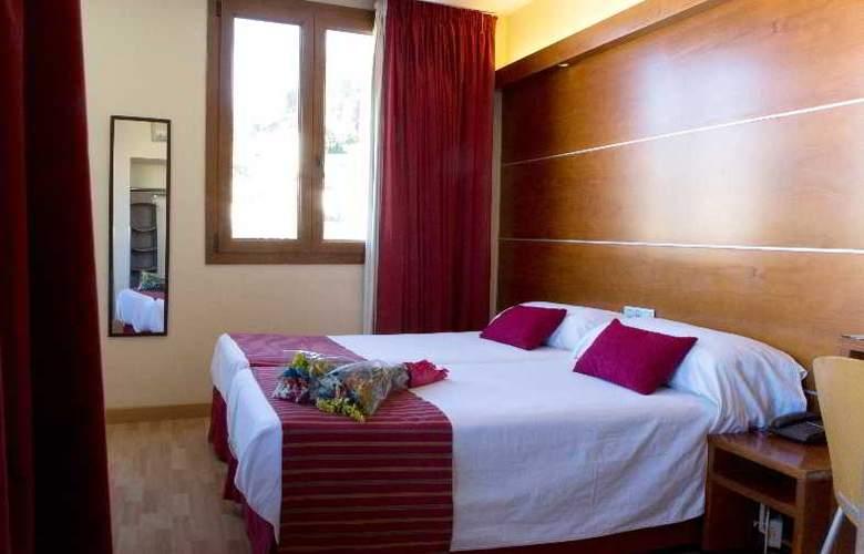 Puerta de las Granadas - Room - 4
