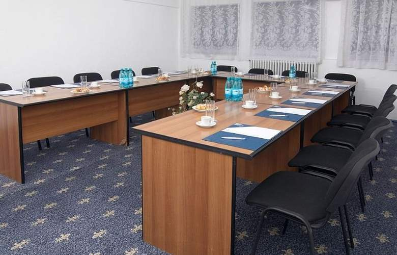 Continental Suceava - Conference - 4