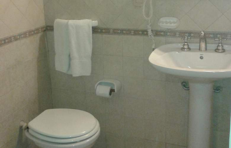 Gran Hotel Orly - Room - 16