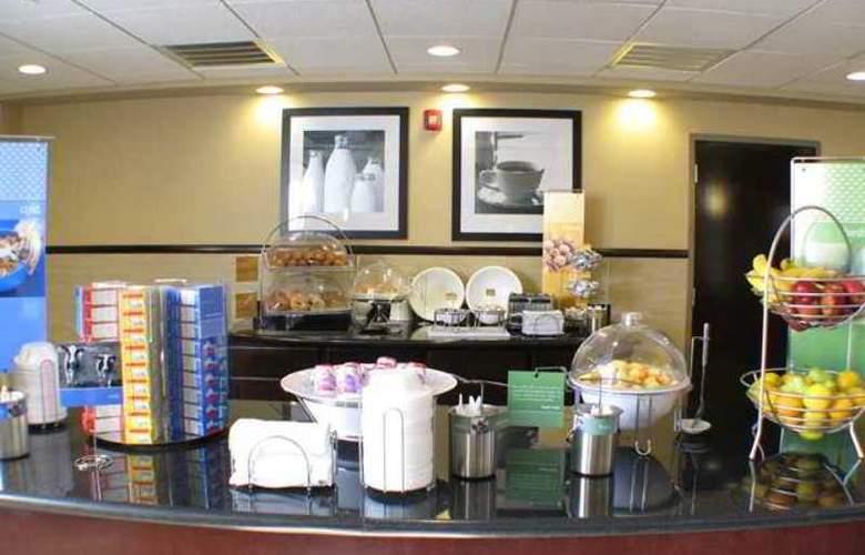 Hampton Inn & Suites Merced - Hotel - 4