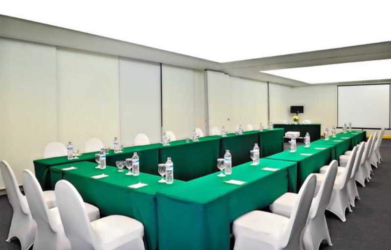Sintesa Peninsula Hotel Palembang - Conference - 3