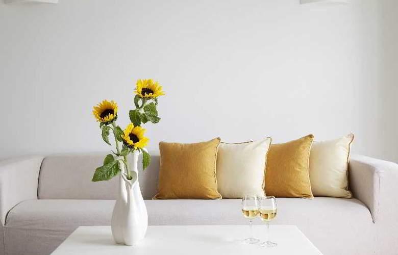 Thermes Luxury Villas - Room - 19