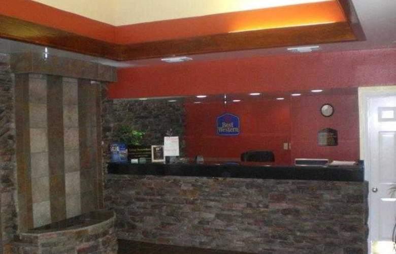 Best Western Fairwinds Inn - Hotel - 2