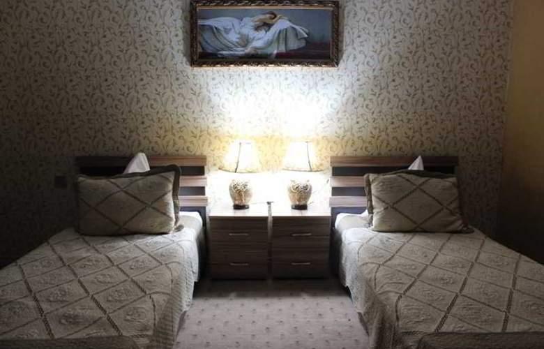 Issam Hotel - Room - 2