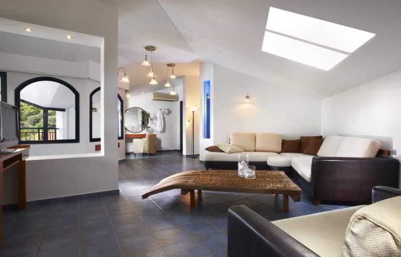 Athena Pallas Village - Room - 22