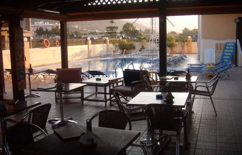 Villa Diasselo - Pool - 26