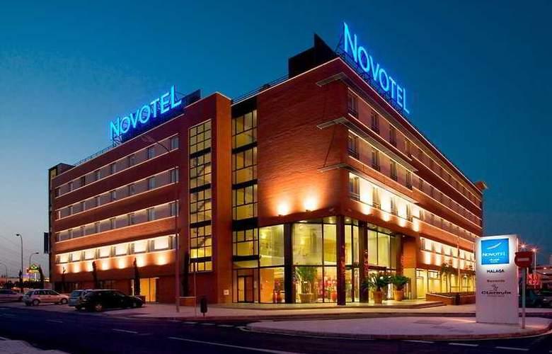 Hilton Garden Inn Malaga - Hotel - 0