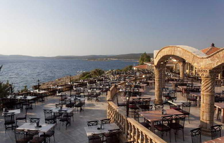 Club Resort Atlantis - Restaurant - 32