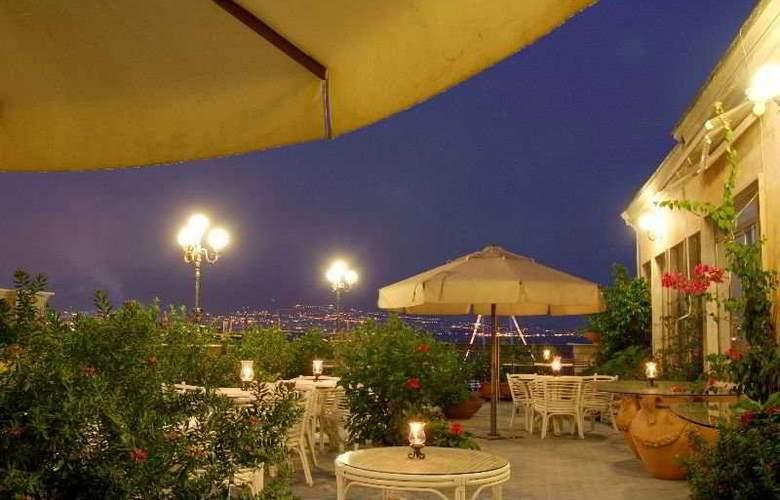 Hotel Miramare - Terrace - 5