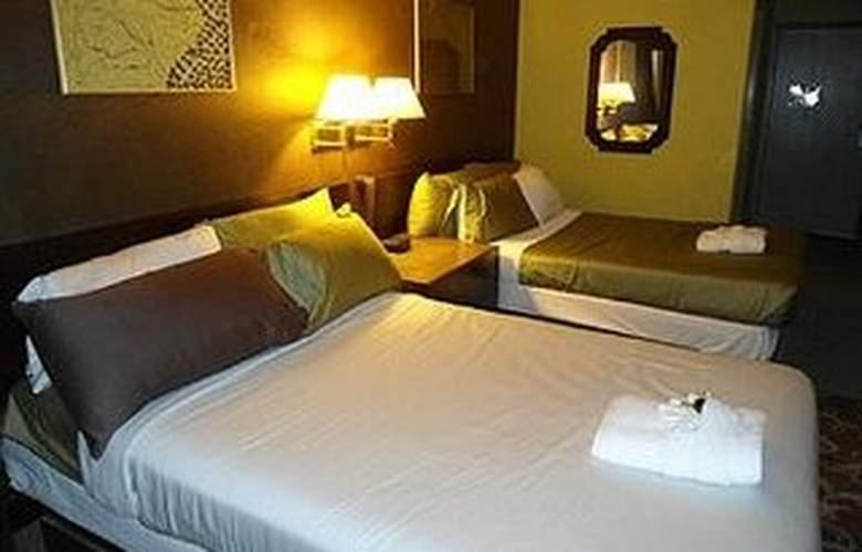 Claremont Las Vegas - Room - 3