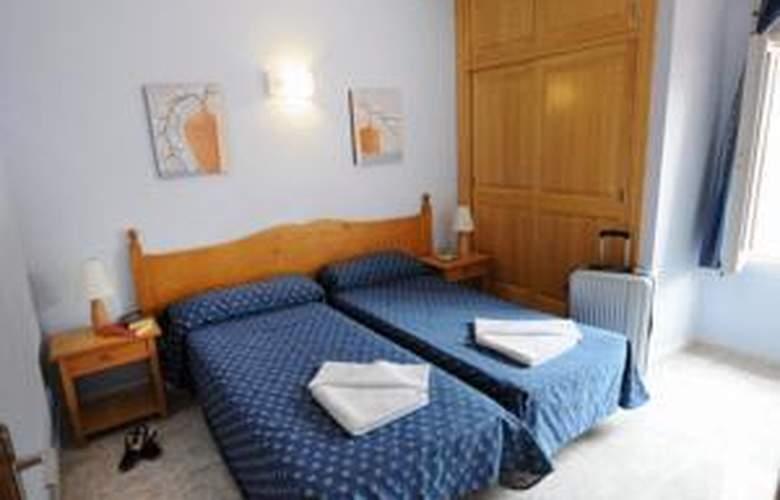 Apartamentos Maribel - Hotel - 1