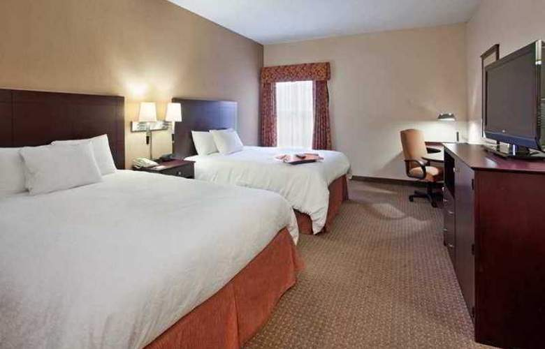 Hampton Inn Lawrence - Hotel - 7