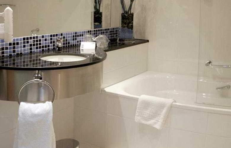 Holiday Inn Express Campo de Gibraltar - Barrios - Room - 3