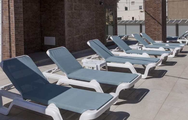 2 Sleep Estudios Benidorm - Terrace - 15