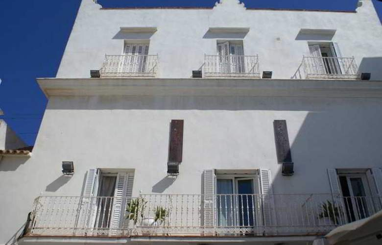 La Casa de la Favorita - Hotel - 1
