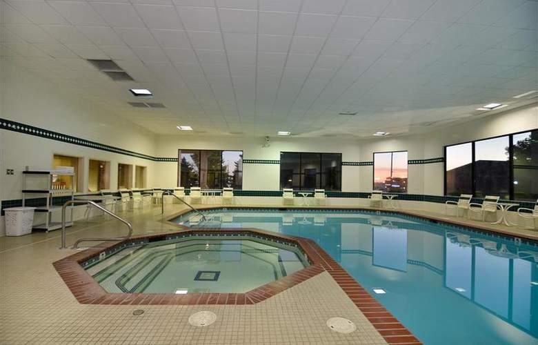 Best Western Plus Twin Falls Hotel - Pool - 136