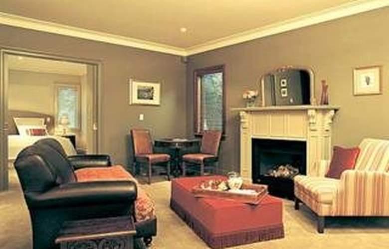 Huntley House - Room - 6