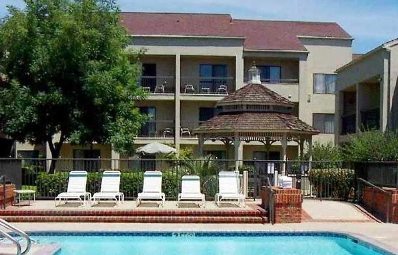 Courtyard Sacramento Rancho Cordova - Hotel - 16