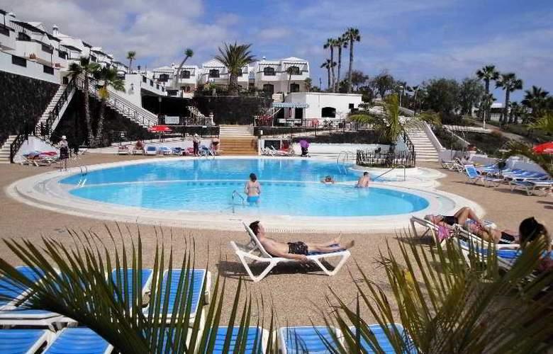 San Marcial - Pool - 8