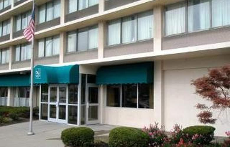 Quality Inn Cincinnati - Hotel - 0
