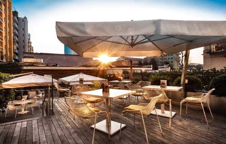 Crowne Plaza Milan City - Terrace - 11