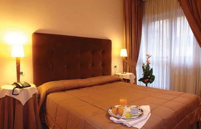 Hotel Farnesina - Room - 2