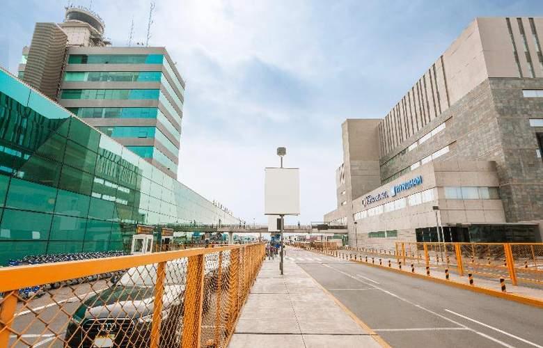 Costa del Sol Wyndham Lima Airport - Hotel - 11