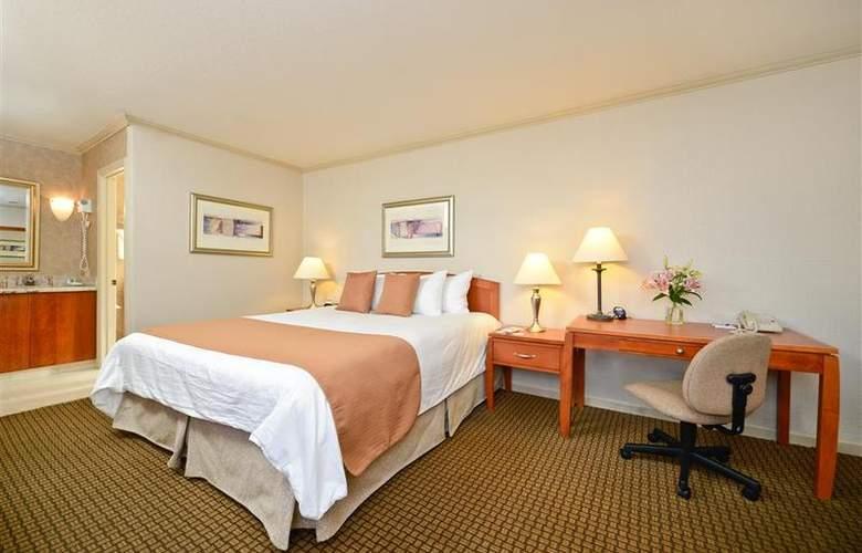 Best Western Plus Mountain View Inn - Room - 40