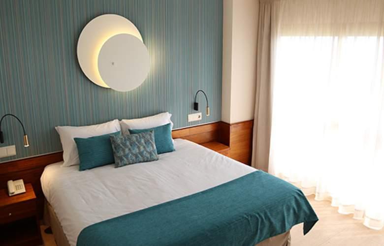 H TOP Amaika - Room - 12